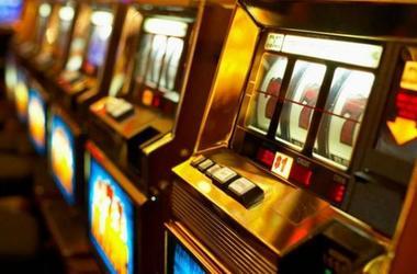 казино игровые автоматы на украине