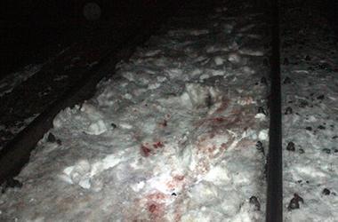 На Хмельниччині пасажирський потяг збив чоловіка