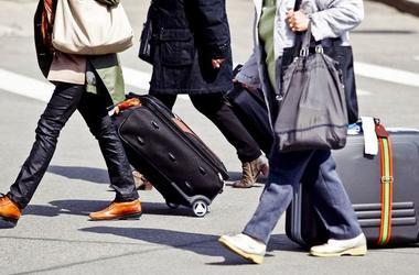 В сети разгорелся жаркий спор об эмиграции из Украины