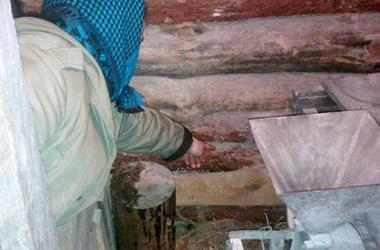 Жительница Хмельницкой области родила в туалете и оставила дочь умирать на холоде