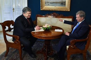 Poroshenko asked the Finnish President to increase pressure on Russia