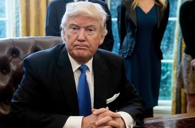 Конгрессмены США предложили запретить Трампу первым применять ядерное оружие