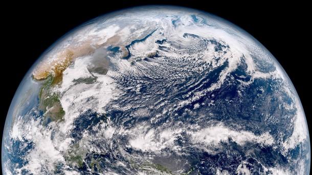 Немалый астероид рухнет наЗемлю ивызовет мега-цунами зимой