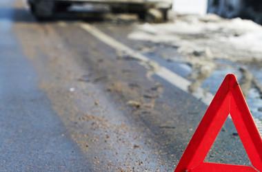Во Львовской области столкнулись грузовик и легковушка: погибла иностранка