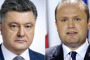 Стало известно, о чем Порошенко говорил с премьером Мальты