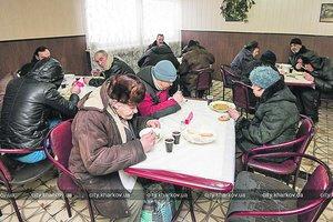 Где в Харькове бесплатно накормят супом и чаем с десертом