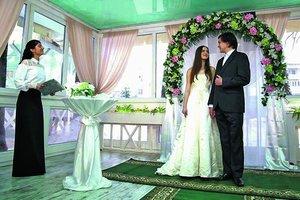 знакомство и замужество с миллионером