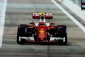 """""""Феррари"""" назовет новый болид Формулы-1 в честь погибшего гонщика Бьянки"""