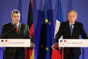 """Германия и Франция расставили точки над """"і"""" в вопросе снятия санкций с России"""