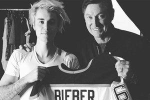 Бибер и Розенбаум примут участие в матче звезд НХЛ