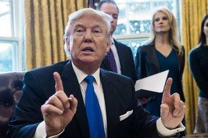 Трамп обрушился с критикой на The New York Times и The Washington Post