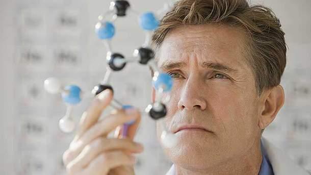 Увлечение современными гаджетами может привести кэпидемии слепоты— ученые