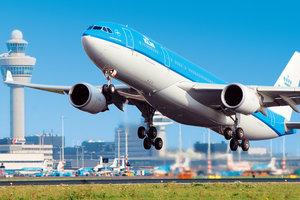 Голландская авиакомпания не пустила в США 7 граждан после указа Трампа