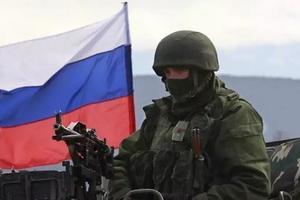 В Крыму заметили колонну российской военной техники