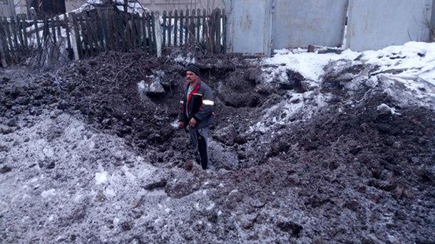 Боевики обстреляли Авдеевку— ранены мужчина иженщина