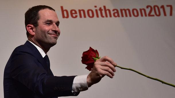 ВоФранции напраймериз социалистов выигрывает Бенуа Амон