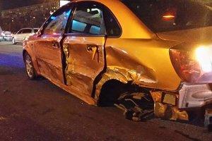 В Киеве пьяный водитель устроил масштабное ДТП на Братиславской