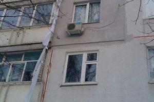 В Харькове женщина пыталась слезть с 9-го этажа по простыням, но сорвалась