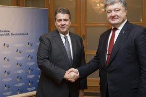 Порошенко и новый глава МИД Германии обсудили ситуацию на Донбассе