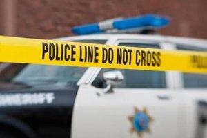 В США автомобиль въехал в толпу пешеходов: два человека погибли