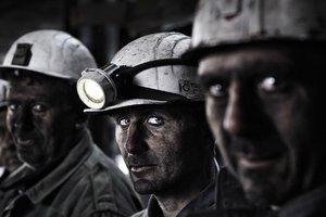В Донецке более 200 горняков из-за обстрелов оказались в ловушке под землей
