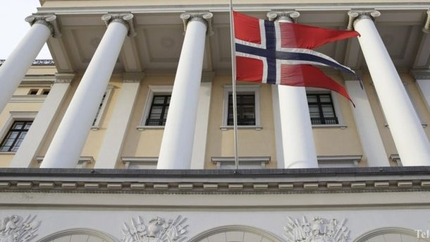 Руководитель МИД Норвегии вызвал послаРФ вОсло, чтобы выразить повторный протест