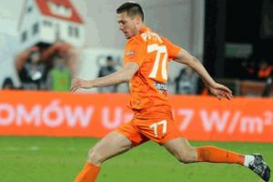Защитник сборной Украины забил гол и устроил грандиозную драку в товарищеском матче