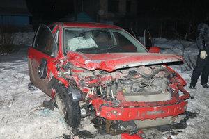 Подробности угона авто в Киеве: бандиты не сразу заметили пассажирку, выбросили ее и полчаса удирали от полиции