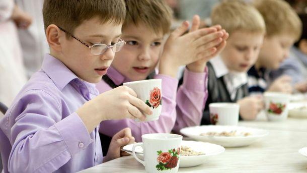 Ушкольного повара диагностировали туберкулез— Скандал вОдессе