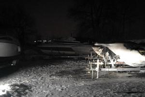 В Киеве ночью сгорели три яхты