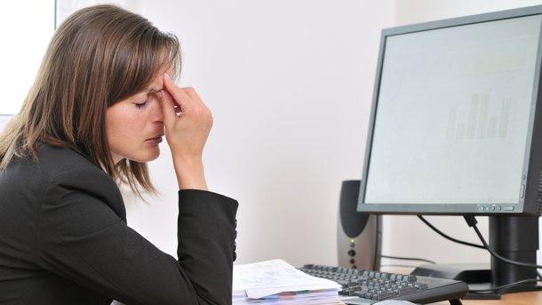 Работать неменее 39 часов внеделю вредно для физического ипсихического здоровья