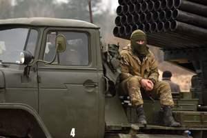 Ситуация на Донбассе: погибшие бойцы и сокрушительные обстрелы
