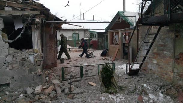 Боевики обстреляли ремонтные бригады вАвдеевке, работы остановили