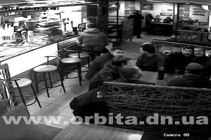"""""""Прокурорского стрелка"""", устроившего стрельбу в кафе, арестовали"""