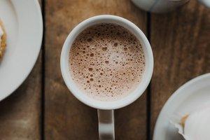 10 бодрящих напитков, которые заменят утренний кофе