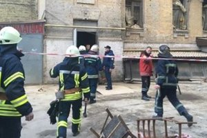Подозреваемого в деле об обрушении дома в Киеве посадили под домашний арест