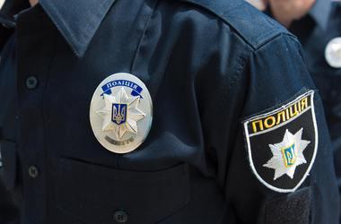 Скандал в Днепре: пьяный патрульный в ночном клубе угрожал оружием нацгвардейцам