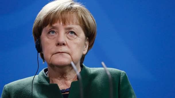 Меркель обсудила сПутиным ситуацию наДонбассе 7