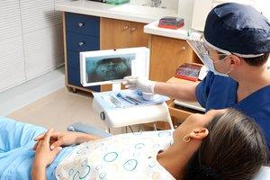 9 февраля Украина отмечает День стоматолога: откуда взялся праздник и кого поздравлять
