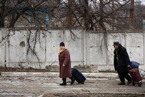 Удар по гривне и угроза энергетической безопасности страны: нардепы рассказали о последствиях блокады Донбасса