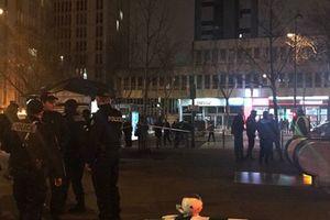 В метро Парижа прогремел взрыв, со станции эвакуируют пассажиров
