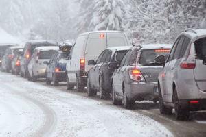 Из-за снегопадов в четырех областях Украины ограничено движение