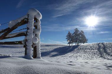 Из-за лютых морозов в двух областях Украины остановили занятия в школах
