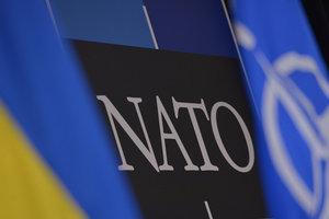 Гройсман: В НАТО уверяют, что полностью поддерживают Украину