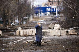 """Жителей Донецка гонят на похороны """"Гиви"""""""