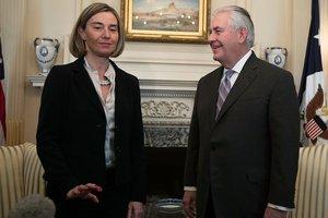На первой встрече Могерини и госсекретарь США Тиллерсон обсудили Украину и РФ
