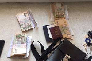 Суд арестовал полицейских, присвоивших 10 миллионов