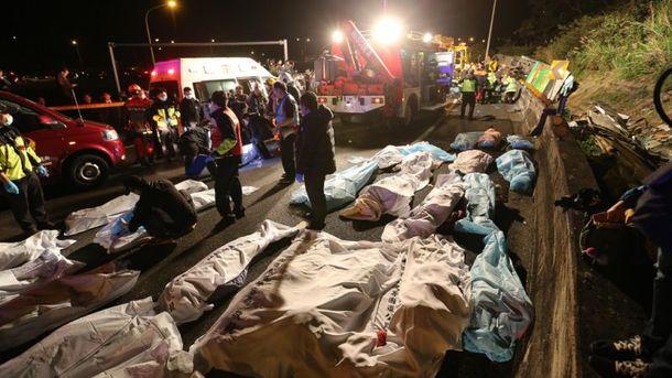 Число жертв вДТП сэкскурсионным автобусом наТайване выросло до 34