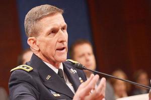 Помощник Трампа подал в отставку из-за скандала с послом России