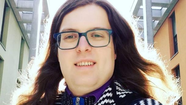 Силовики ДНР приняли решение освободить ЛГБТ-активиста иэкс-участника арт-группы «Война»
